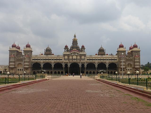 Mysore Palace - daytime
