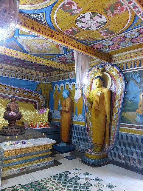 Buddha shrine at Natha Devale 2