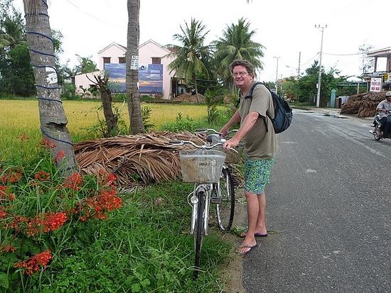 Cua Dai beach trip by bicycle 6