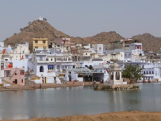 Around Pushkar Lake 3