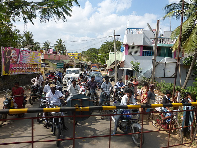 Indian level crossing