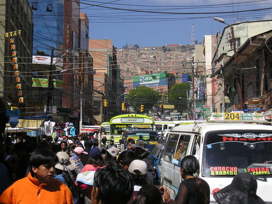 La Paz - Negro market area traffic