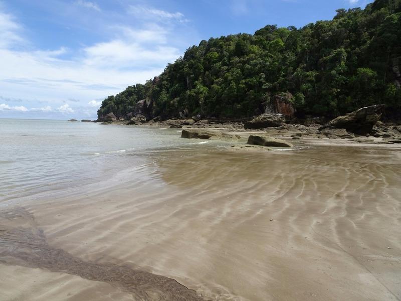 Teluk Paku Beach 4