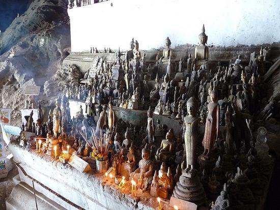Inside Pak Ou Caves 3