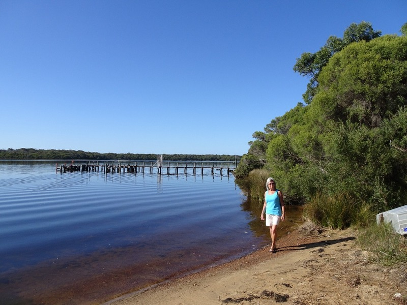 Augusta walk upriver