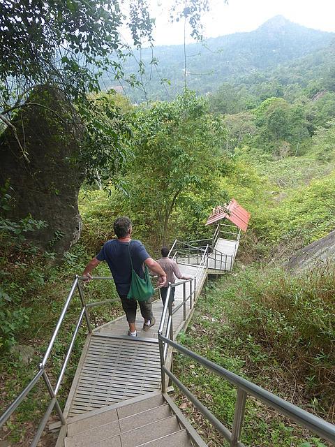 Edakal Caves - start of the descent