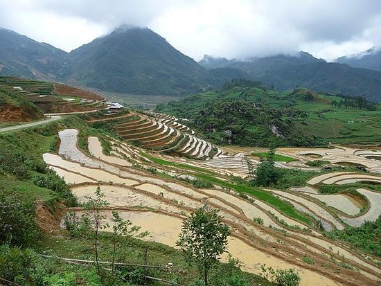 Ta Phin Trek view