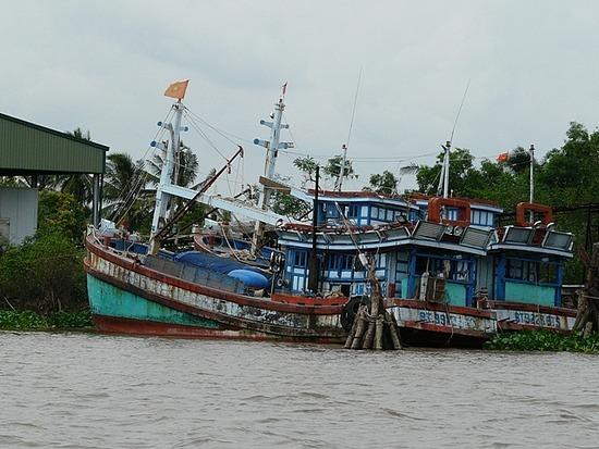 Mekong River near My Tho - Fishing Boats