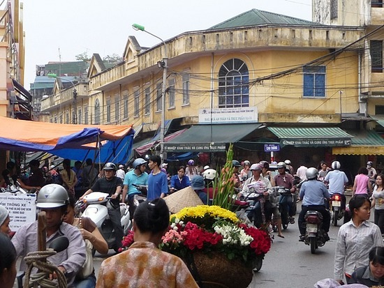 Around Hanoi Old Town again - Market area