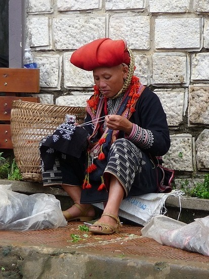 Sapa Town - Red Doa Lady Sewing