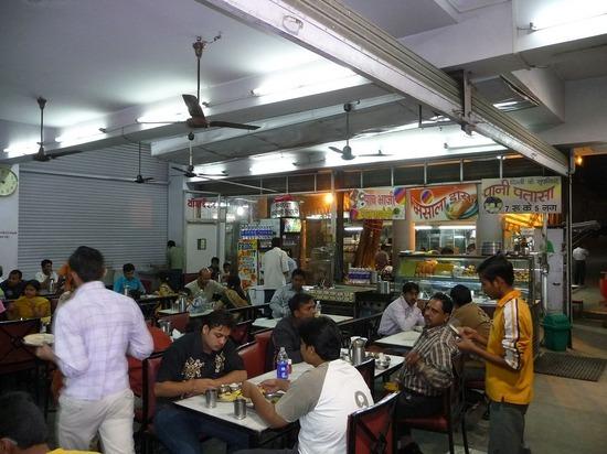 Food and Drink Typical Resto - Hotel Priya Jodhpur