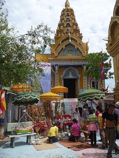 Tuk-tuk outing - Phnom Sampov 3