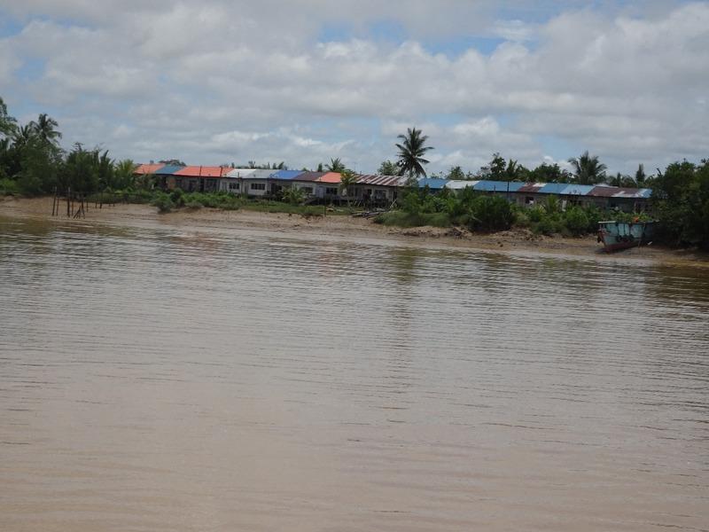 Up the Renjang river 3
