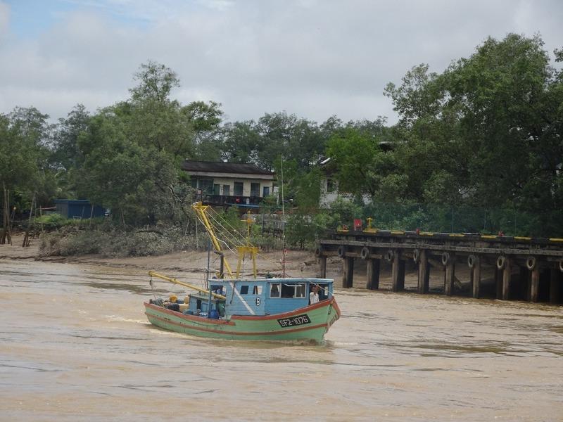 Up the Renjang river 5