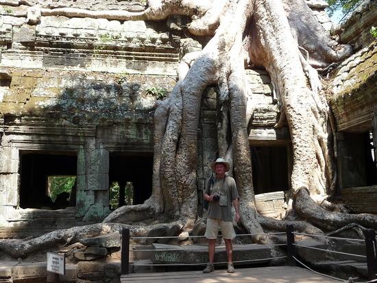 Phnom 2