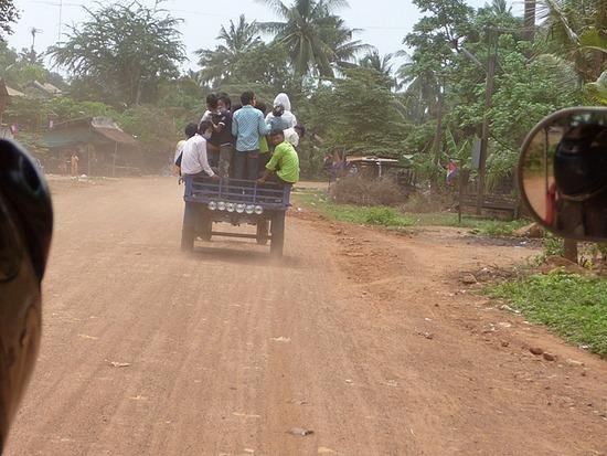 Tuk-tuk outing - On the road 2