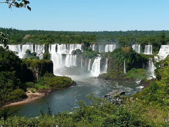 Iguaçu Brasil Panorama of all falls