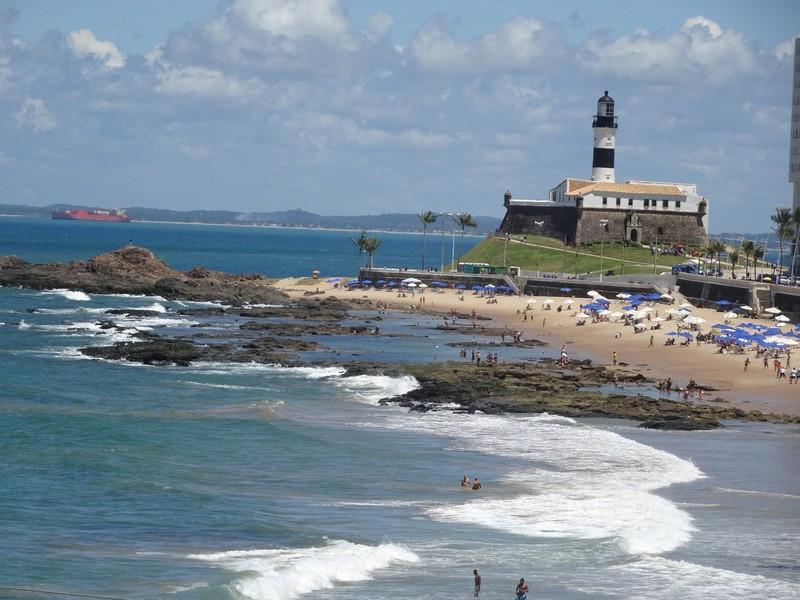 Barra - Main beach and lighthouse