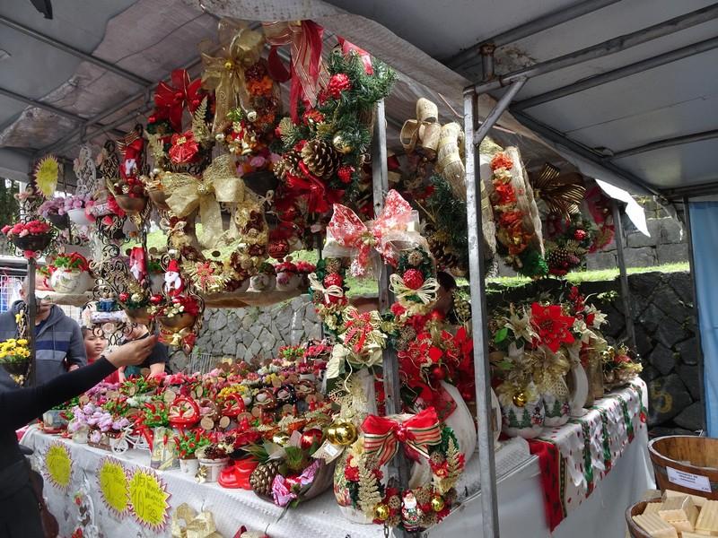 Around Curitiba Sunday Artisan market - time for Xmas decorations!
