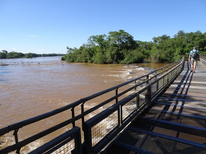 Iguazu falls Argentina - walkway to Garganta del Diablo (Devil'sThroat)