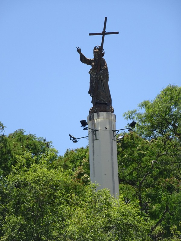 San Bernando statue