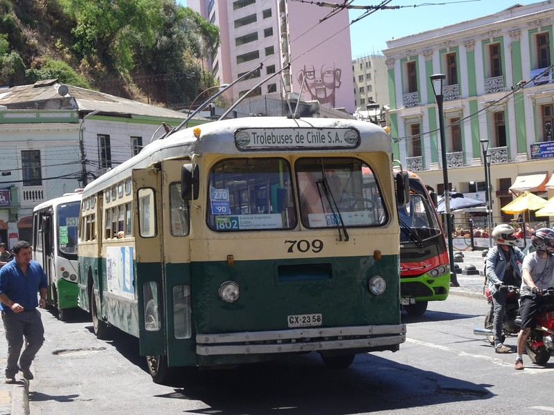 Trolley bus around Valparaiso town