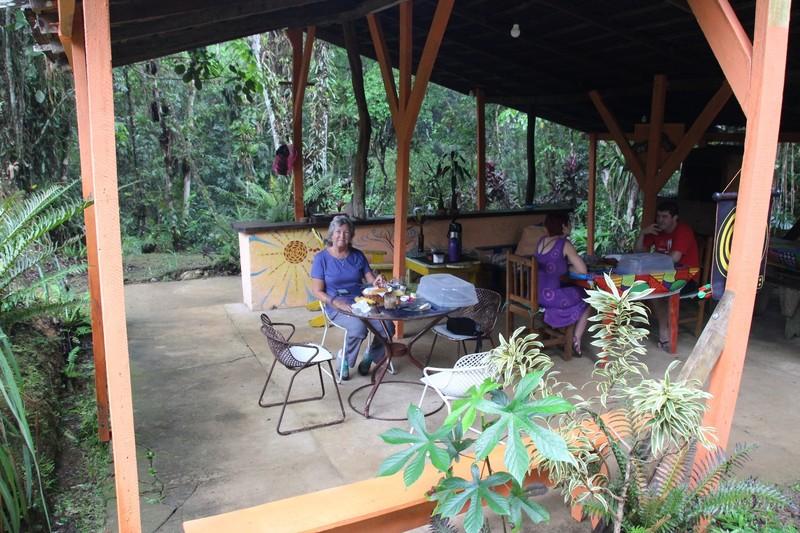 Pousada Cabanas do Curupira - breakfast area