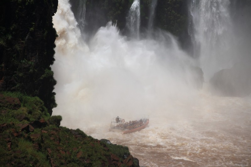 Iguazu Falls Argentina - Circuit Inferior - Boat up close!! - this boat ride not for us!