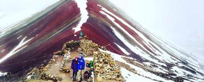 rainbow-mountain-3.jpg