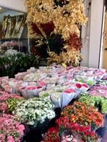 Bangkok Flower Market Nearby Shop