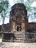 Exquisite Wat Muang Sing Historical Park