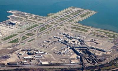 airportphoto_ENRready.jpg