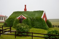 Lindarbakki turf house
