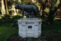 Statue of Romulus, Remus & the wolf