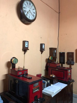 Tyer's Electric Train Tablet equipment at Bandarawela station
