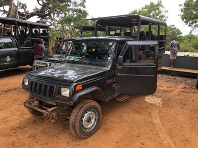 Yala National Park safari jeep