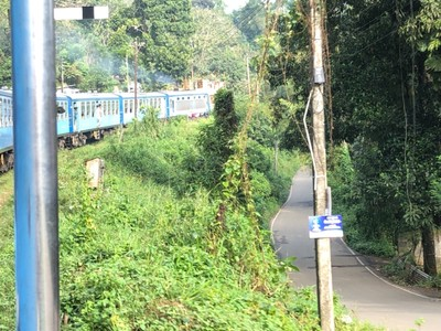 Podi Manike train from Badulla to Ella