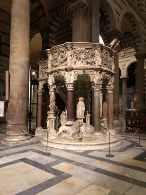 Pulpit in Pisa Duomo