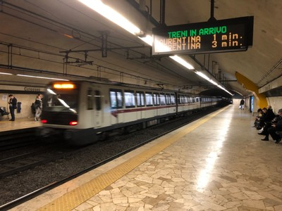 Train on Line B of the Rome Metro