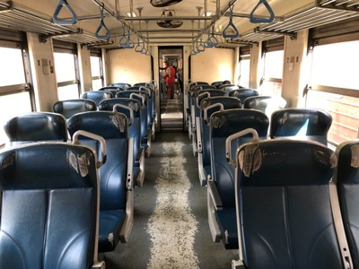 Second class on Class S12 train from Badulla to Ella