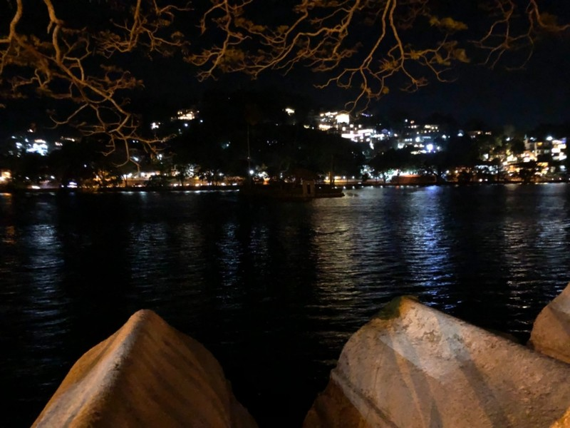 Kandy Lake at night