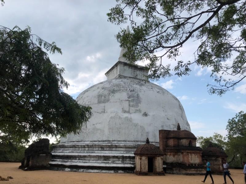 Dagaba at Polonnaruwa