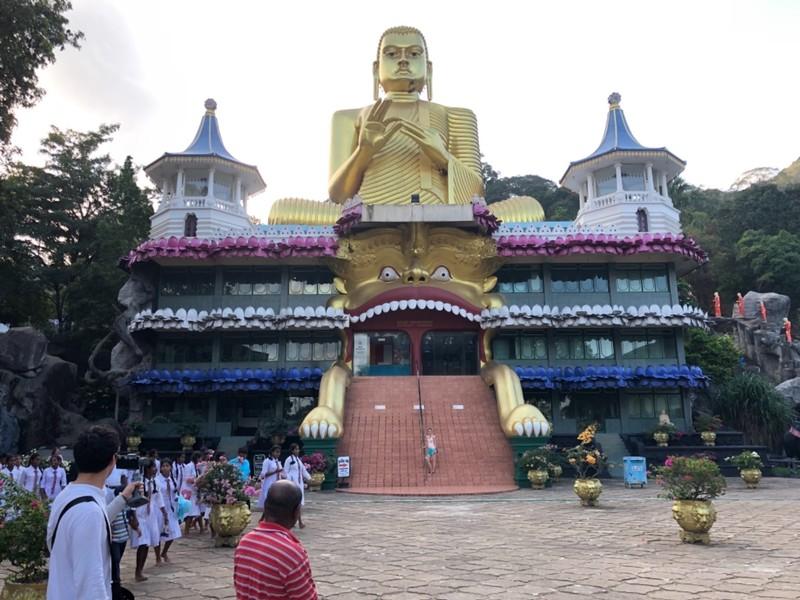 Golden Temple at Dambulla