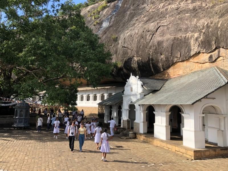 Dambulla Cave Temple complex