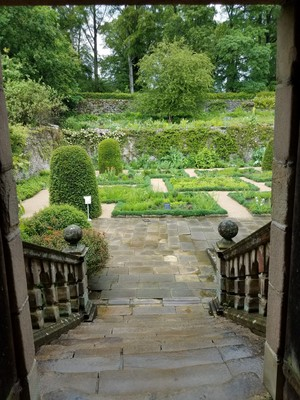 Garden_entrance.jpg