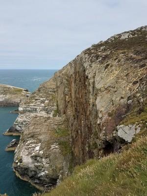 Lighthouse_Cliffs4.jpg
