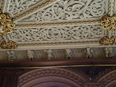 Penrhyn_Library_ceiling.jpg