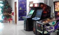 MERRY CHRISTMAS CALL CENTER GAME ROOM PINBALL