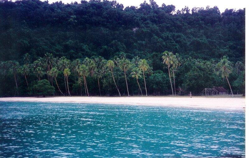 Champagne Beach, Espiritu Santu