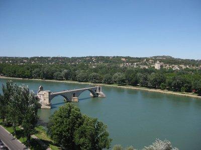 Sur Le Pont...